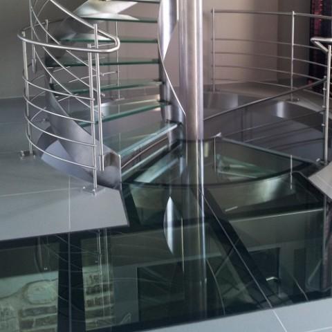 pose ou remplacement d 39 une dalle de sol en verre dans le nord pas de calais picardie. Black Bedroom Furniture Sets. Home Design Ideas