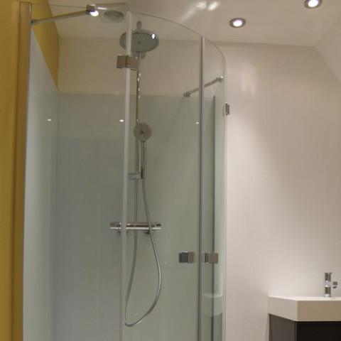 Fabrication et pose d 39 un verre tremp dans le nord pas de - Installateur de salle de bain dans le nord ...